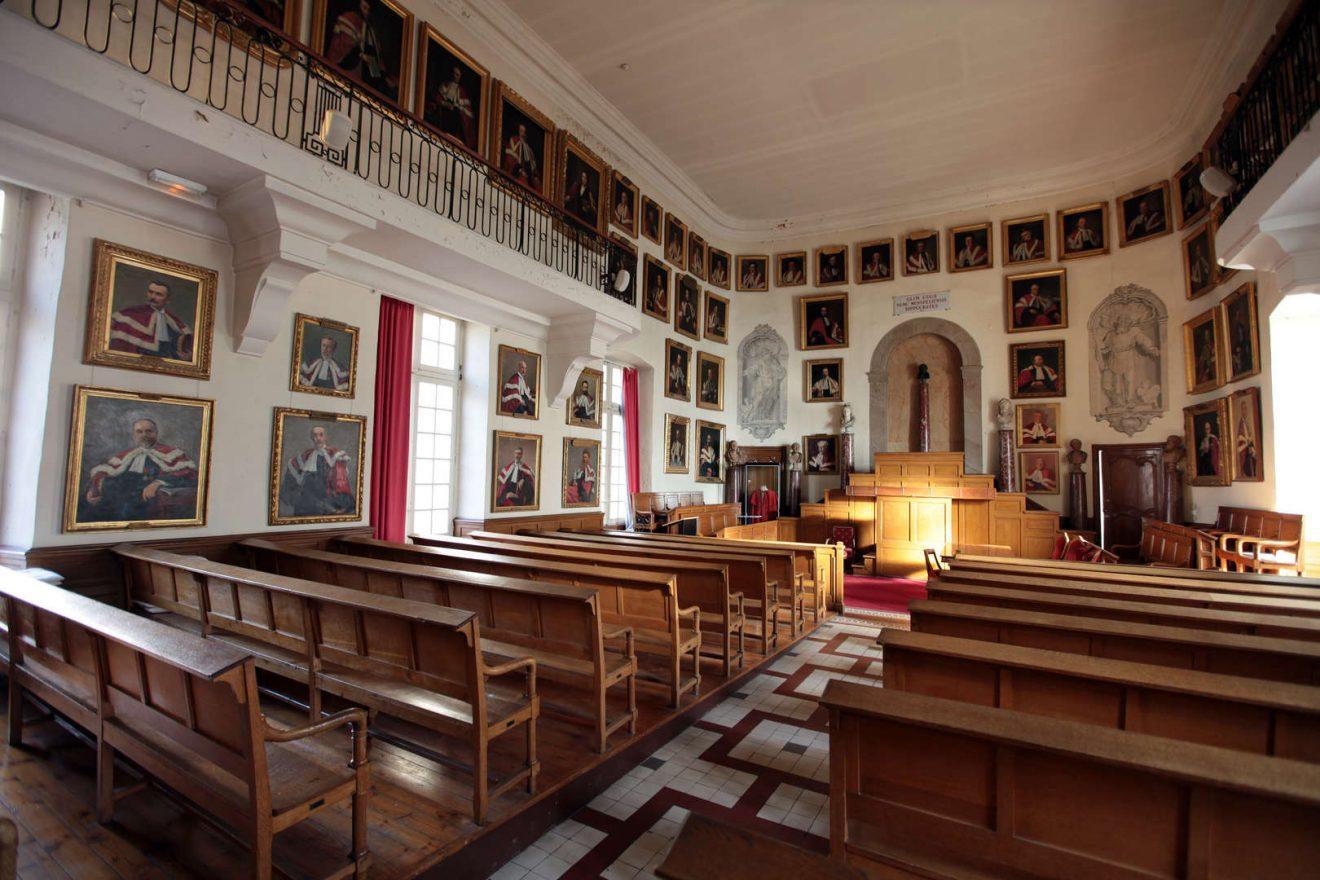 Faculte-de-Medecine-Salles-des-Actes_free_format